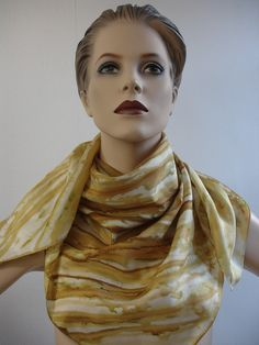 Tücher - Seidenmalerei Seidentuch Maserung senfgelb curry - ein Designerstück von hofatelier-mode bei DaWanda