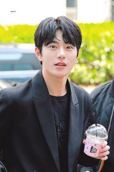 Handsome Actors, Handsome Boys, Korean Celebrities, Korean Actors, K Pop, Pretty Boys, Cute Boys, Breathe, Korea Boy
