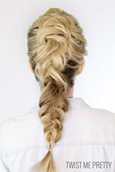 This faux braid is wedding hair perfection! 4 crave worthy bridesmaid & wedding guest looks http://storyboardwedding.com/wedding-fashion-looks-guest-bridesmaid/