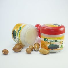 "Mascarilla Capilar de Aceite de Argán ""Arganat"" – 120gr.  Elaborada a base de aceites vegetales esenciales, principalmente a base de aceite de argán 100%.  De venta en Woomint ®."