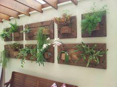 Painel vertical modulado (De A Varanda Floricultura e Paisagismo)