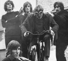 Pink Floyd were founded in 1965 by students Syd Barrett, Nick Mason, Roger Waters, and Richard Wright. David Gilmour joined as a fifth member in December 1967 David Gilmour Pink Floyd, Roger Waters David Gilmour, Richard Williams, Hayley Williams, Richard Wright, Cycle Chic, Great Bands, Cool Bands, Rock Music