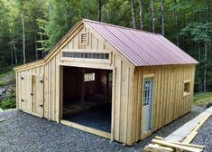 Considering a garden shed? Thinking about building it yourself? Then before you embark on your project make sure you have a reliable shed plan for the design you have in mind. Building your own shed can without doubt cut costs but Detached Garage Designs, Design Garage, Shed Design, Garden Design, Wall Design, Backyard Sheds, Outdoor Sheds, Garden Sheds, Outdoor Gardens