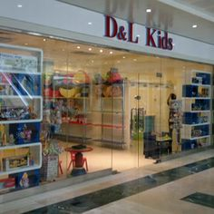 DandL Kids company is wholesaler of kids toys and candies