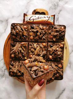 Tray Bake Recipes, Fun Baking Recipes, Sweet Recipes, Cake Recipes, Dessert Recipes, Baking Ideas, Delicious Desserts, Yummy Treats, Sweet Treats