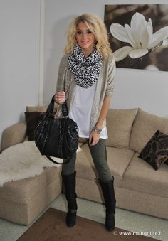 love the olive green military style cargo skinnies