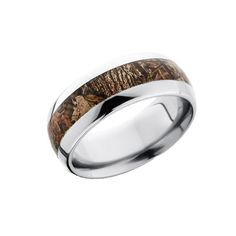 Show your unique camo style while satisfying your insatiable desire for the outdoors with this domed camo ring! Its customizable so you can choose the metal and the camo that fits your personality. Camo Wedding Rings, Camo Rings, Valentine Gift For Wife, Valentines, Camo Fashion, Thing 1, Together Forever, Gifts For Wife, Precious Metals