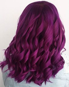 Absolutely perfect plum curls by - try our Plum Purple to get a similar look! Dyed Hair Purple, Hair Color Purple, Cool Hair Color, Green Hair, Plum Purple, Hair Colors, Plum Hair, Blue Wig, Bright Purple