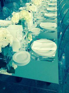 Montaje en mesa imperial de espejos