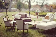 A wedding lounge - Offer a variety of seating options for your guests. Photo Source: Bird Dog Wedding. #weddinglounge
