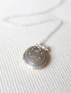 Small Silver Locket  Vintage Victorian Motif by brookeelissa, $36.00