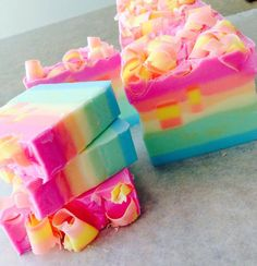 Bahama Mama is a Premium Handcrafted Artisan Soap with a sexy summer fragrance. A sun soaked getaway of sweet tropical fruit nectars mixed