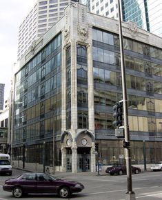The Boley Building, Kansas City, 1907, Louis Curtiss, architect   |   Possibly the world's first curtain wall. It predates the Hallide Building in San Francisco by more than 10 years.