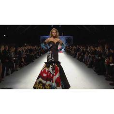 #Gigi #Hadid | #model #supermodel #style #beauty #photographer #swimsuit #bikini #covergirl #guess #LondonUKTravel