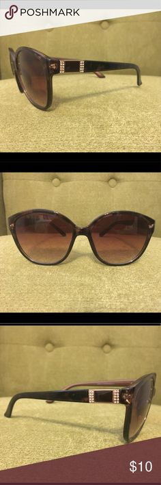 Tortoise Shell Sunglasses No brand - purchased at LA boutique. No visible scratches. Very lightly used. Accessories Glasses