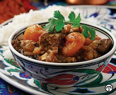 Persian Lamb Stew with Dried Apricots - Take your dinner menu on an exotic trip tonight. Heat-tolerant is ideal for browning the onion, lamb and apricots before their spice bath in this flavorful dish. Fig Recipes, Cooking Recipes, Split Chicken Breast, Morrocan Food, Sweet Sour Chicken, Moroccan Chicken, Lamb Stew, Fresh Figs, Dried Apricots