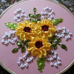 37 Inexpensive Inventions That Make Hard Things Look Easy Ribbon Embroidery Tutorial, Hand Embroidery Stitches, Silk Ribbon Embroidery, Hand Embroidery Designs, Embroidery Patterns, Creative Embroidery, Machine Embroidery, Satin Ribbon Flowers, Ribbon Art