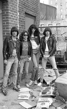 American punk group The Ramones near the Bowery in New York, Left to right: bassist Dee Dee Ramone - drummer Tommy Ramone - singer Joey Ramone - and guitarist Johnny Ramone - Joey Ramone, Ramones, Beatles, Heavy Metal, Fred Instagram, Bob Marley, El Rock And Roll, Estilo Rock, Iggy Pop