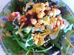 Random salad ! Restaurants, Salad, Chicken, Meat, Random, Food, Essen, Restaurant, Salads