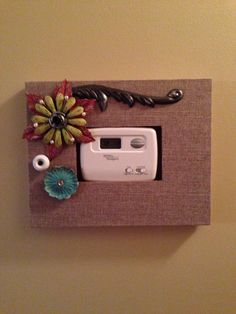 Used a picture frame to disguise the thermostat in the hallway. Art Ideas, Room Ideas, Decor Ideas, Wall Fixtures, Picture Frames, Home Improvement, Clever, Projects To Try, New Homes
