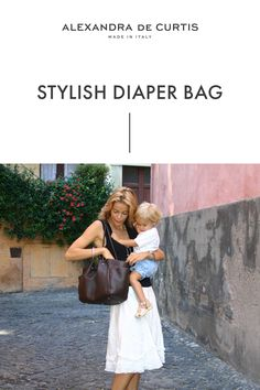 Are you looking for a stylish leather diaper bag? Click through to check out this designer diaper bag handmade in Italy! Italian Leather Handbags, Designer Leather Handbags, Leather Diaper Bags, Baby Changing Bags, Italian Street, Baby Diaper Bags, How To Make Handbags, Italian Fashion, Leather Design