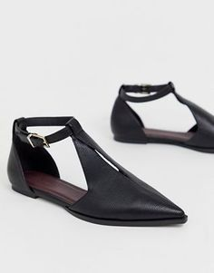 Shop ASOS DESIGN Lockwood pointed ballet flats in black. With a variety of delivery, payment and return options available, shopping with ASOS is easy and secure. Shop with ASOS today. Shoes Heels Wedges, Womens Shoes Wedges, Womens Flats, Wedge Shoes, Flat Shoes, Mules Shoes, Women's Shoes, Asos, Ballerinas