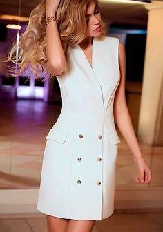 Moda gorditas casual fashion ideas for 2019 Simple Dresses, Dresses For Work, Summer Dresses, Couture Dresses, Fashion Dresses, Fashion Designer Quotes, Tuxedo Dress, Girl Fashion, Womens Fashion