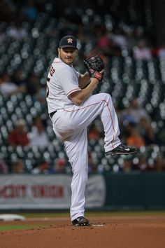 CrowdCam Hot Shot: Houston Astros starting pitcher Erik Bedard pitches during the first inning against the Cincinnati Reds at Minute Maid Park. Photo by Troy Taormina