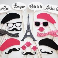 Paris photo booth props