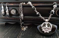 Antique Silver Black Onyx Necklace Agate by KarenTylerDesigns