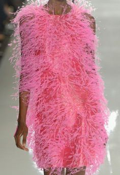 Heloooo pink feathers!     Chado Ralph Rucci Spring 2013 #MBFW