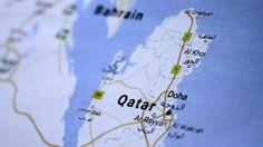 PT Equityworld Futures : Pasokan minyak Qatar naik seiring putus hubungan dipolomatik dengan arab  Kekuatan utama Arab termasuk Arab Saudi, Mesir, dan Uni Emirat Arab memutuskan hubungan dengan Qatar pada hari Senin, menuduhnya mendukung militan Islam dan Iran.  Langkah yang dilakukan termasuk mencegah kapal yang datang dari atau pergi ke negara kecil yang semenanjung untuk berlabuh di Fujairah, di UAE, yang digunakan oleh kapal tanker minyak dan gas alam cair (LNG) Qatar untuk mengambil…