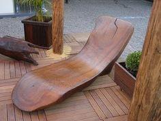 espreguiçadeira de tronco de árvore