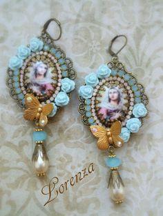 """Boucles style shabby romantique """"Vierge Marie """" bleu pastel"""