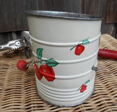 Hey, I found this really awesome Etsy listing at https://www.etsy.com/listing/209445599/vintage-flour-sifter-painted-silver-tone