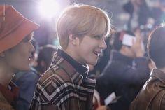 wanna hold his hand Yangyang Wayv, Lucas Nct, Mark Nct, Jeno Nct, Jisung Nct, Jaehyun Nct, Jung Woo, Flower Boys, Winwin