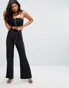 Pantalón de pernera ancha y cintura anudada de Missguided