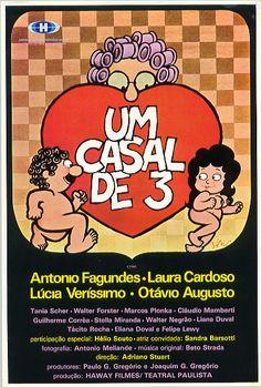 UM CASAL DE 3
