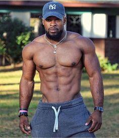 Fitness body men guys motivation 56 New Ideas Black Muscle Men, Hot Black Guys, Fine Black Men, Gorgeous Black Men, Handsome Black Men, Black Boys, Fine Men, Beautiful Men, Muscle Guys