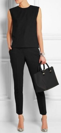 30 casual black outfits for women Black Casual Outfits women Black Casual Outfits, Classy Outfits, White Casual, Chic Outfits, Outfits Spring, Casual Dresses, Black White, Office Fashion, Work Fashion