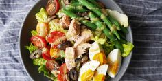 Eat like the French do with this simple recipe for a classic nicoise, made only better with a glass of #pinkwater.