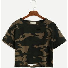 Camo Print Distressed Crop T-shirt (59 BRL) ❤ liked on Polyvore featuring tops, t-shirts, shirts, cropped shirts, camo t shirt, long-sleeve crop tops, t shirts and short sleeve tops