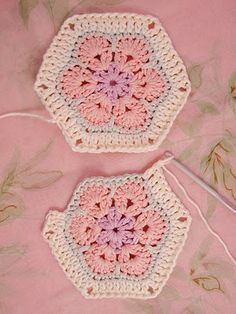 Heidi Bears: African Flower Hexagon Join-as-you-go Tutorial ༺✿ƬⱤღ http://www.pinterest.com/teretegui/✿༻