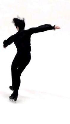 プレデビュー #하이픈 #나는 착륙하다 #성훈 #박성훈 Cute Japanese Guys, Japanese Men, Ice Skating, Figure Skating, Dance Kpop, Im Falling In Love, Park Jimin Cute, Korea Boy, Boy Idols