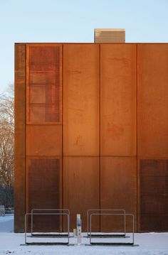 Cladding: Hackney Marshes Centre - by Stanton Williams Café Exterior, Exterior Cladding, Steel Cladding, Wall Cladding, Facade Architecture, Contemporary Architecture, Metal Facade, Concrete Facade, Weathering Steel