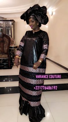 African Wear Dresses, African Attire, African Print Fashion, Africa Fashion, Nigerian Dress, Ankara Long Gown Styles, Afro, Ghanaian Fashion, Traditional Outfits