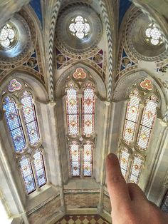 Artist Ryan McAmis is building a miniature Italian Gothic cathedral. This is amazing. Miniature Rooms, Miniature Crafts, Miniature Houses, Miniature Furniture, Doll Furniture, Dollhouse Furniture, Victorian Dolls, Victorian Dollhouse, Modern Dollhouse