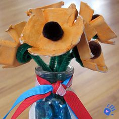 Poppy bouquet craft for remembrance day remember. Poppy Bouquet, Remembrance Day, Activity Ideas, After School, July 4th, Memorial Day, Poppies, Crafts For Kids, Preschool