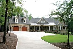 Craftsman House Plan with 3283 Square Feet and 4 Bedrooms from Dream Home Source | House Plan Code DHSW75323