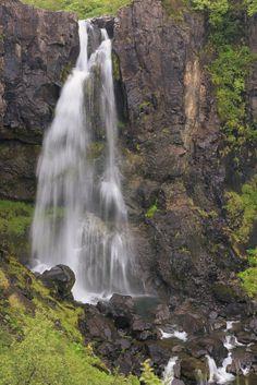 iceland-waterfalls-hundafoss-heather-k-jones